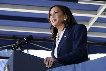 La vicepresidenta de Estados Unidos, Kamala Harris, en un discurso a los graduados de la Academia Naval en Annapolis.