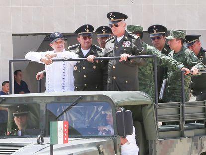 Salvador Cienfuegos Zepeda, entonces titular de la SEDENA, durante la inauguración de nuevas instalaciones militares en Cancún, en 2018.