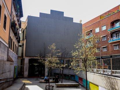 Edificio que hasta ahora albergaba el proyecto Medialab Prado, que se convertirá en el Espacio Cultural Serrería Belga, en Madrid.