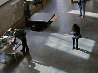 Medialab Prado será reubicado próximamente en el Matadero, lo que ha provocado una incertidumbre sobre su funcionamiento