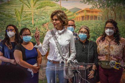 Cristiana Chamorro, precandidata a la presidencia de Nicaruagua, el pasado lunes en una rueda de prensa en Managua.