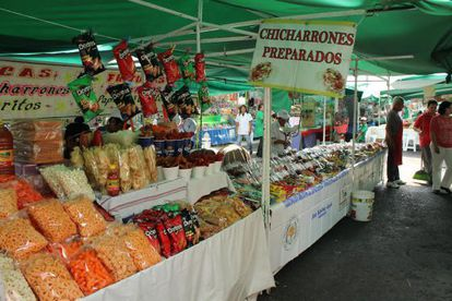 Un puesto ambulante de comida chatarra en la ciudad de México