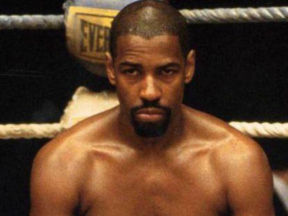 Denzel Washington interpretando al boxeador Huracan Carter en la película de mismo nombre (1999). / Tráiler de la película.