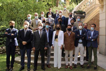 Foto de familia de los representantes del sector taurino.