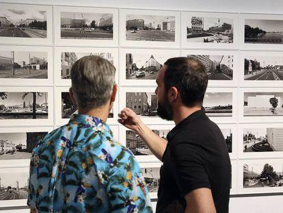 Imagen de la exposición 'Un mundo paralelo', comisariada por Fontcuberta, en el Arts Santa Mònica.