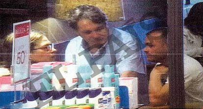 Sito Miñanco, en el centro de la fotografía, en una imagen tomada por la Policía en Marbella durante un seguimiento.
