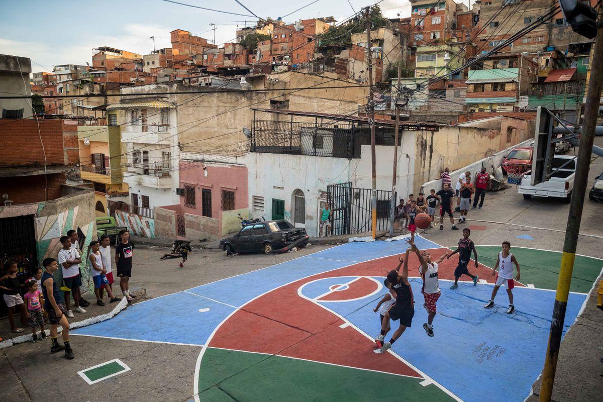 Se dispara la pobreza extrema en Venezuela: el 76,6� su población vive con menos de 1,2 dólares al día