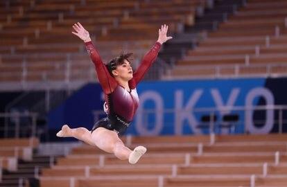 La gimnasta mexicana Alexa Moreno durante las pruebas de este domingo, en Tokio.