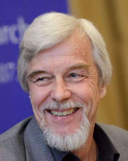 El director del CERN, Rolf-Dieter Heuer, durante el anuncio del hallazgo.