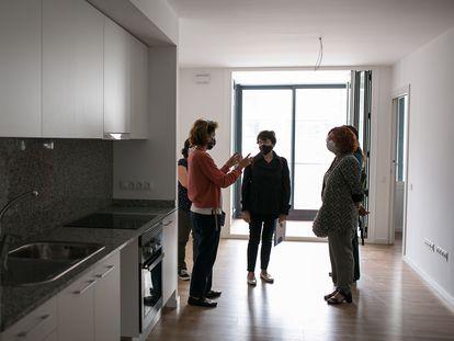 Interior de un piso de alquiler social del Ayuntamiento de Barcelona.