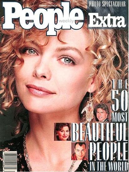 """Michelle Pfeiffer fue elegida la primera """"persona más bella del mundo"""" en otra lista anual de la revista People."""
