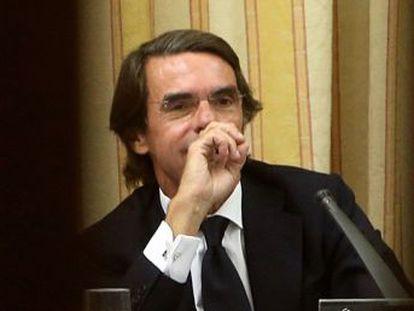 La oposición aprovecha una comparecencia del expresidente en la que se desmarca de Correa, de los sobresueldos y de la financiación ilegal para cuestionar todo su mandato