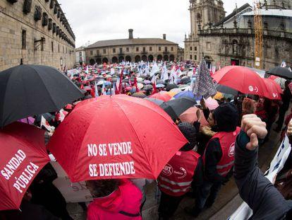 Manifestación en febrero de 2018 en Santiago en defensa de la sanidad pública.