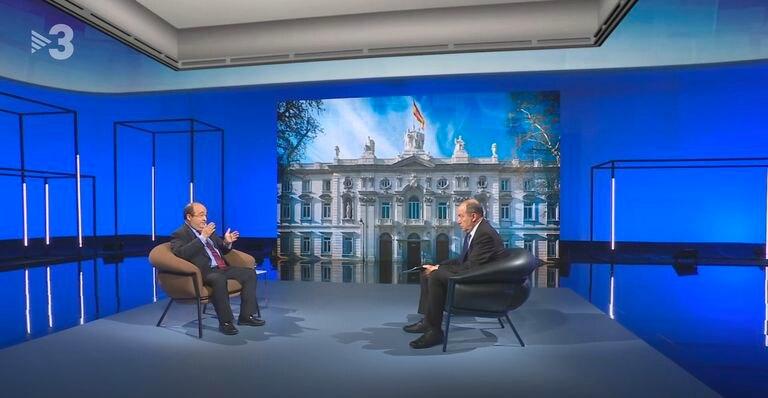 El líder del PSC, Miquel Iceta (izquierda), el pasado agosto durante una entrevista en TV3.