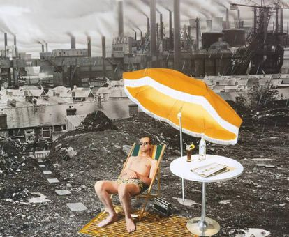 Portada del disco de Supertramp 'Crisis? What crisis?' de 1975. Le hemos eliminado con Photoshop el nombre del grupo y el del disco de la portada para centrar el mensaje. Y porque queríamos...