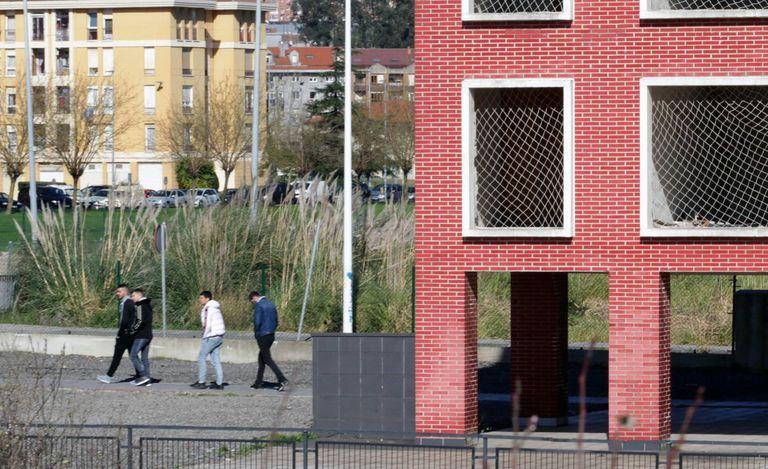 Bloque a medio construir y abandonado a las afueras de Santander. Fernando Domingo-Aldama