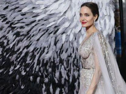 La actriz, en una conversación con EL PAÍS en Londres en el estreno de 'Maléfica', habla de feminismo y de cómo sus hijos se han convertido en su prioridad