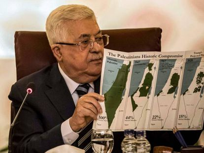 El presidente de la Autoridad Palestina, Mahmud Abbas, este sábado en una rueda de prensa en El Cairo.