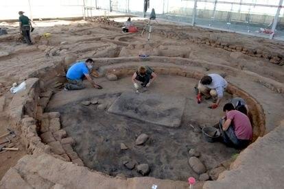 Excavación y limpieza de la casa de un gran señor de la Edad del Hierro, en Salamanca.