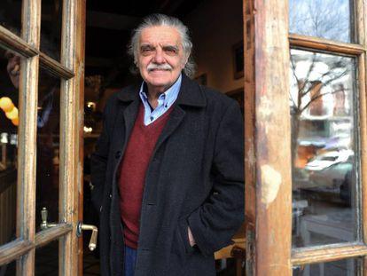 Horacio González, fotografiado en Buenos Aires tras la entrevista con EL PAÍS.