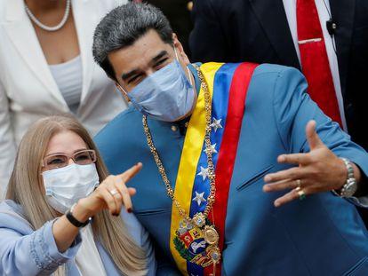 El presidente de Venezuela, Nicolás Maduro, y su esposa, Cilia Flores, el pasado 12 de enero.