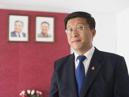 Kim Hyok Chol, embajador de Corea del Norte.