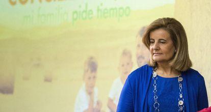 La ministra de Sanidad, Servicios Sociales e Igualdad en funciones, Fátima Báñez.