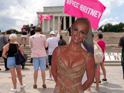 Carteles en apoyo de Britney Spears en Washington, la capital de EE UU, el 14 de julio de 2021.