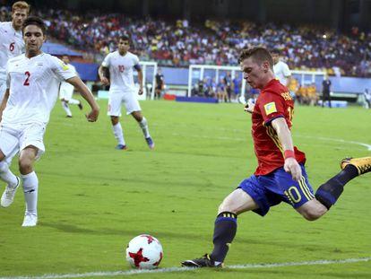 Sergio Gómez, con la selección española en Mundial sub17 de Indi.