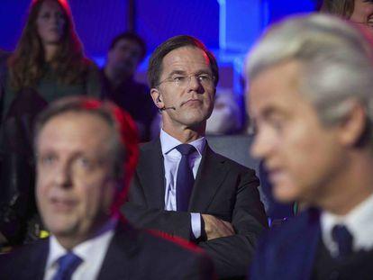 El primer ministro holandés Mark Rutte y el candicato Geert Wilders.