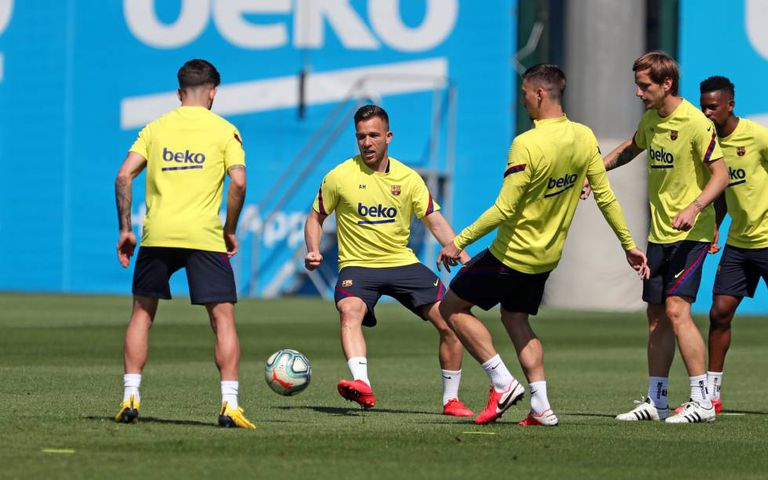 Arthur Melo, en un entrenamiento del Barcelona.