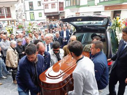 El maestro David Carragal falleció en Oviedo tras pasar una semana en coma por la agresión de un joven