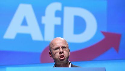 El político de Alternativa para Alemania (AfD) Andreas Kalbitz, durante una intervención en un congreso del partido el pasado diciembre en Braunschweig.