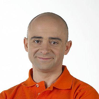 Antonio Lobato.