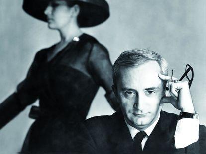 Pedro Rovira con la maniquí Isabel Martín, ca. 1964, en un retrato de la familia Rovira.