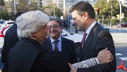 Enric Millo (al centro), junto al ministro Rafael Catalá