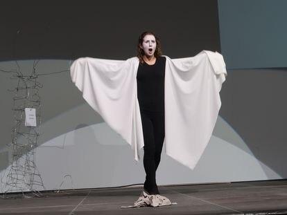 La soprano francesa Manon Chauvin, protagonista vocal absoluta de 'Un tiempo enorme'.