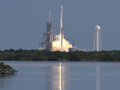 Lanzamiento de SpaceX desde el centro espacial Kennedy