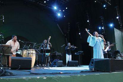 Susana Baca canta en el festival 'Celebrate Brooklyn!' de 2013 en Nueva York.