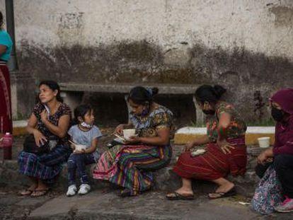 El impacto de la covid-19 en el funcionamiento de los sistemas alimentarios hará crecer hasta 270 millones el número de personas sin nada que comer, ha dicho Antonio Guterres hoy, y ha aconsejado tres vías de solución