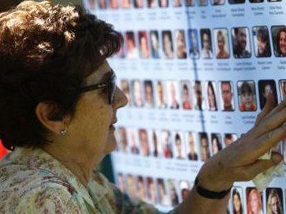 Las víctimas del accidente de Spanair piden a los partidos reabrir el caso