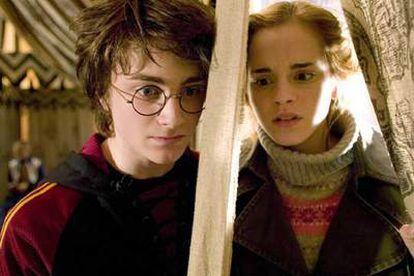 Daniel Radcliffe y Emma Watson, en un fotograma del filme.