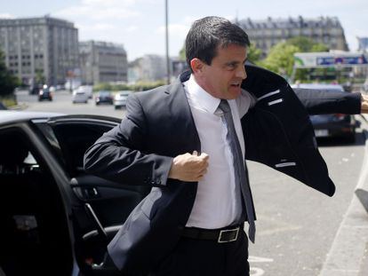 El primer ministro francés visita una feria de pymes en Paris, el 19 de junio