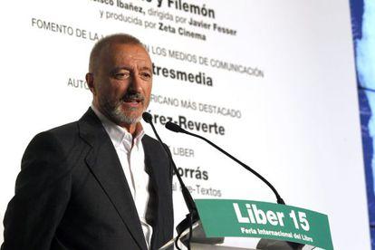 El escritor Arturo Pérez-Reverte, ayer en la entrega de los Premios Liber en Madrid.