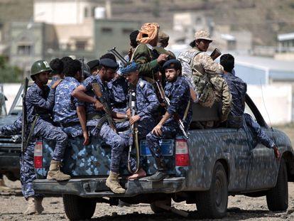 Un vehículo con fuerzas Huthi, en septiembre de 2019, en Saná.