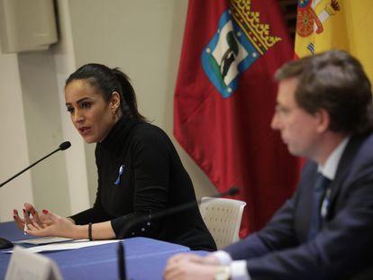Begoña Villacís y José Luis Martínez de Almeida, en la rueda de prensa para periodistas a través de internet.