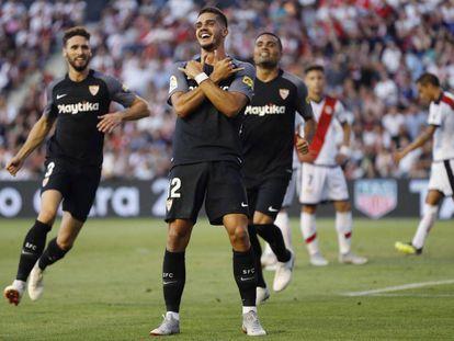 Silva celebra su segundo gol.