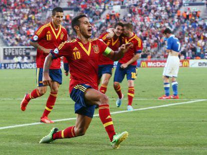 Thiago celebra su segundo gol a Italia