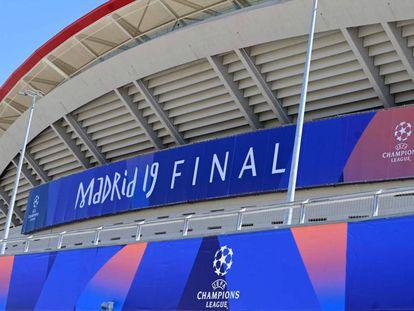 El estadio Wanda Metropolitano con la imagen de la final de Madrid.