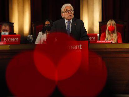 El presidente de Foment, Josep Sánchez Llibre, durante la rueda de prensa tras el fracaso de la ampliación del aeropuerto.